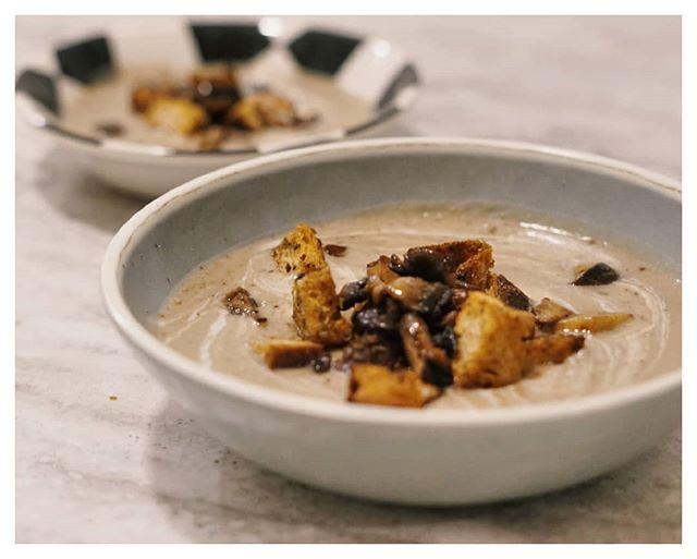 Potato and Mushroom Soup with Herby Sourdough Crutons.  Lucy loved this. Again, Autumn is my fav. 🍁🍃🍂