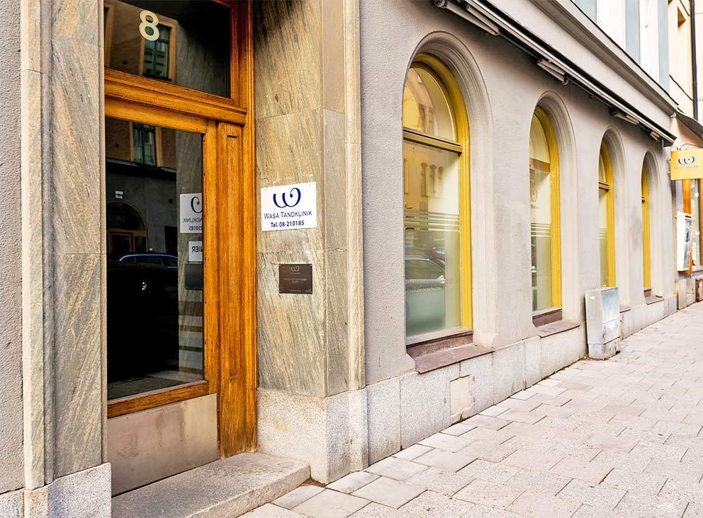 Tandvårdsklinik i centrala Stockholm - Du hittar oss i Vasastan på Tegnérgatan 8 Bottenplan.Välkommen in!