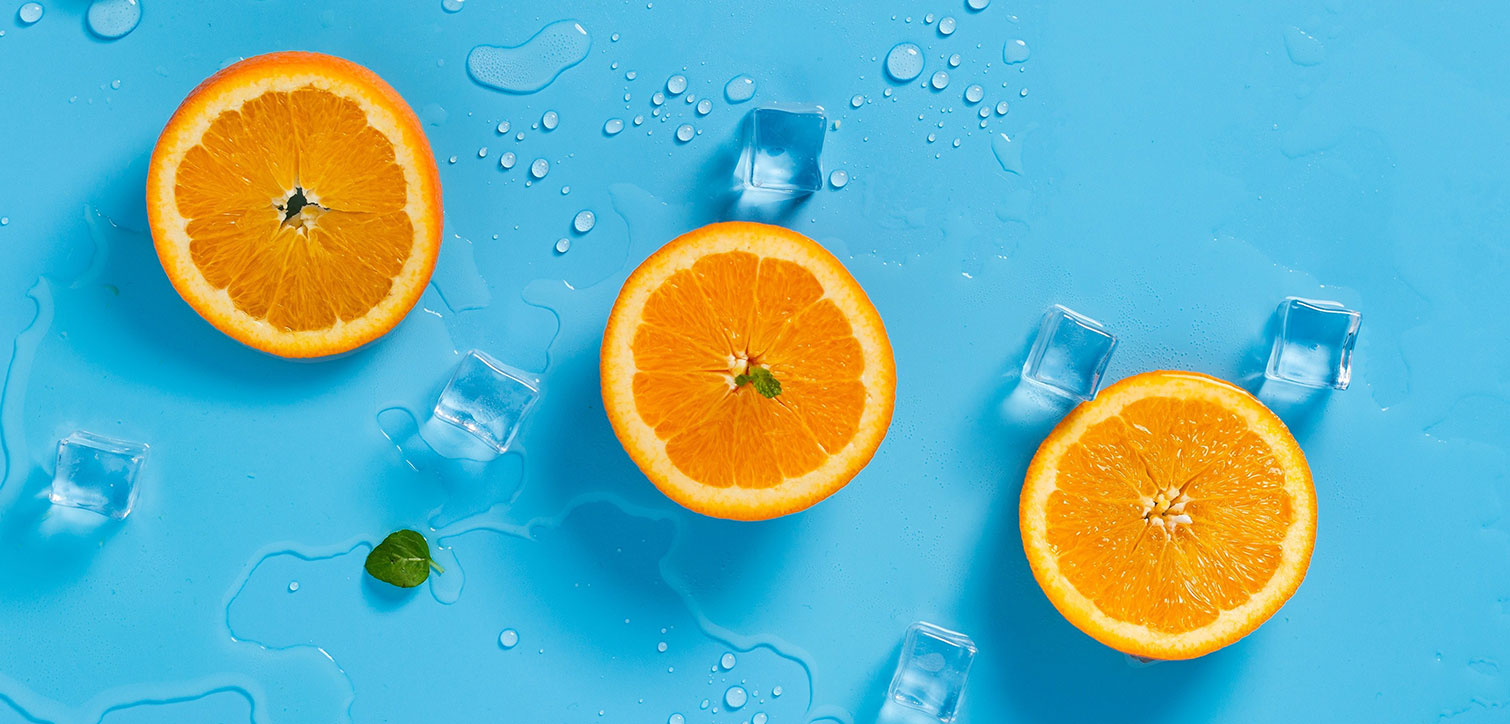 foodiesfeed.com_oranges-with-ice2.jpg