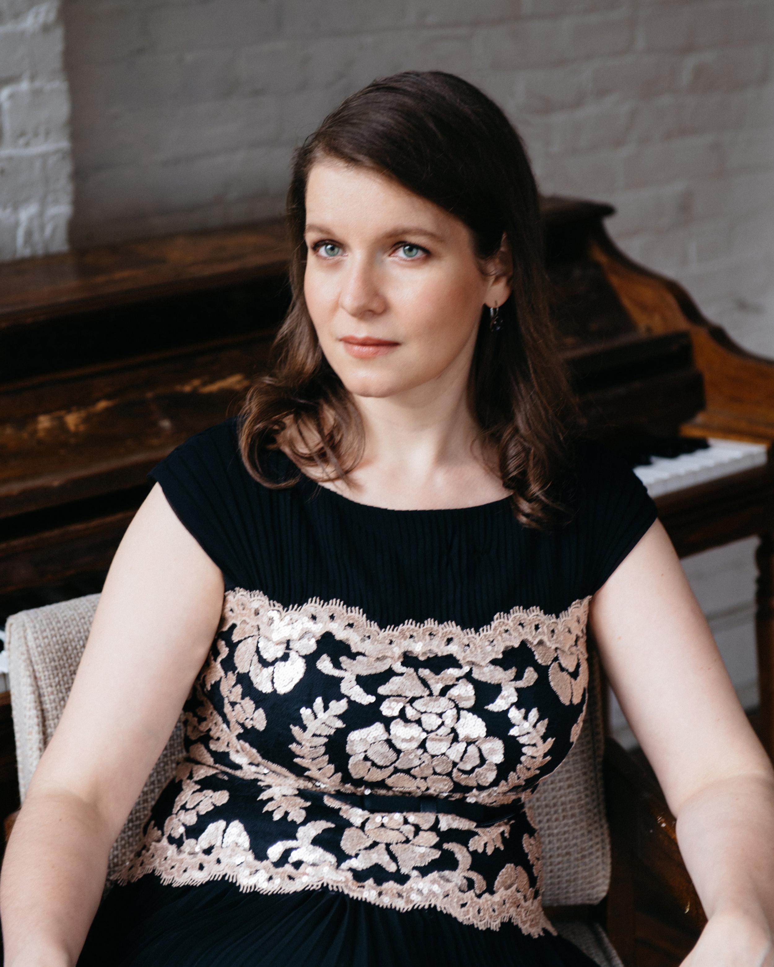 Liza Stepanova, piano -