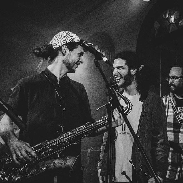On a bien hâte de passer vous voir dans Charlevoix! On se voit le 12, 13, 14 et 15 juillet! 🔥🔥 Photo : @murieloephotography  #funk #music #art #jazz #show #live #band #brass #sax #saxophone #trumpet #lesfunktionnaires #mtl #montreal #musique #quaidesbrumes