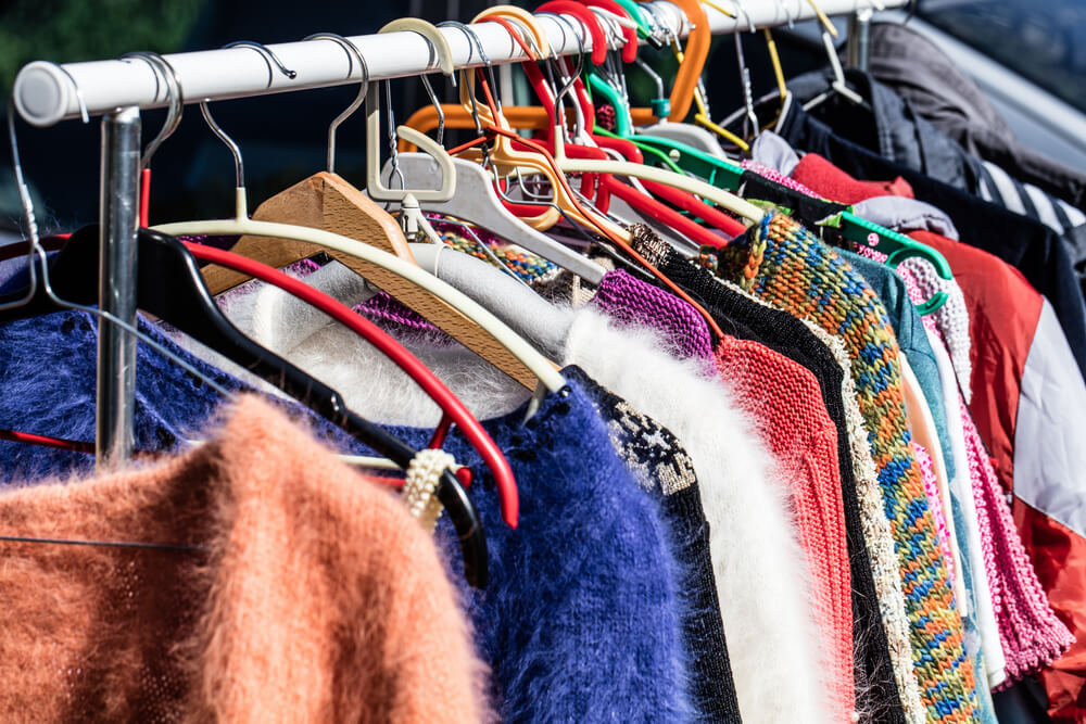 second-hand-clothing-header-070218.jpg