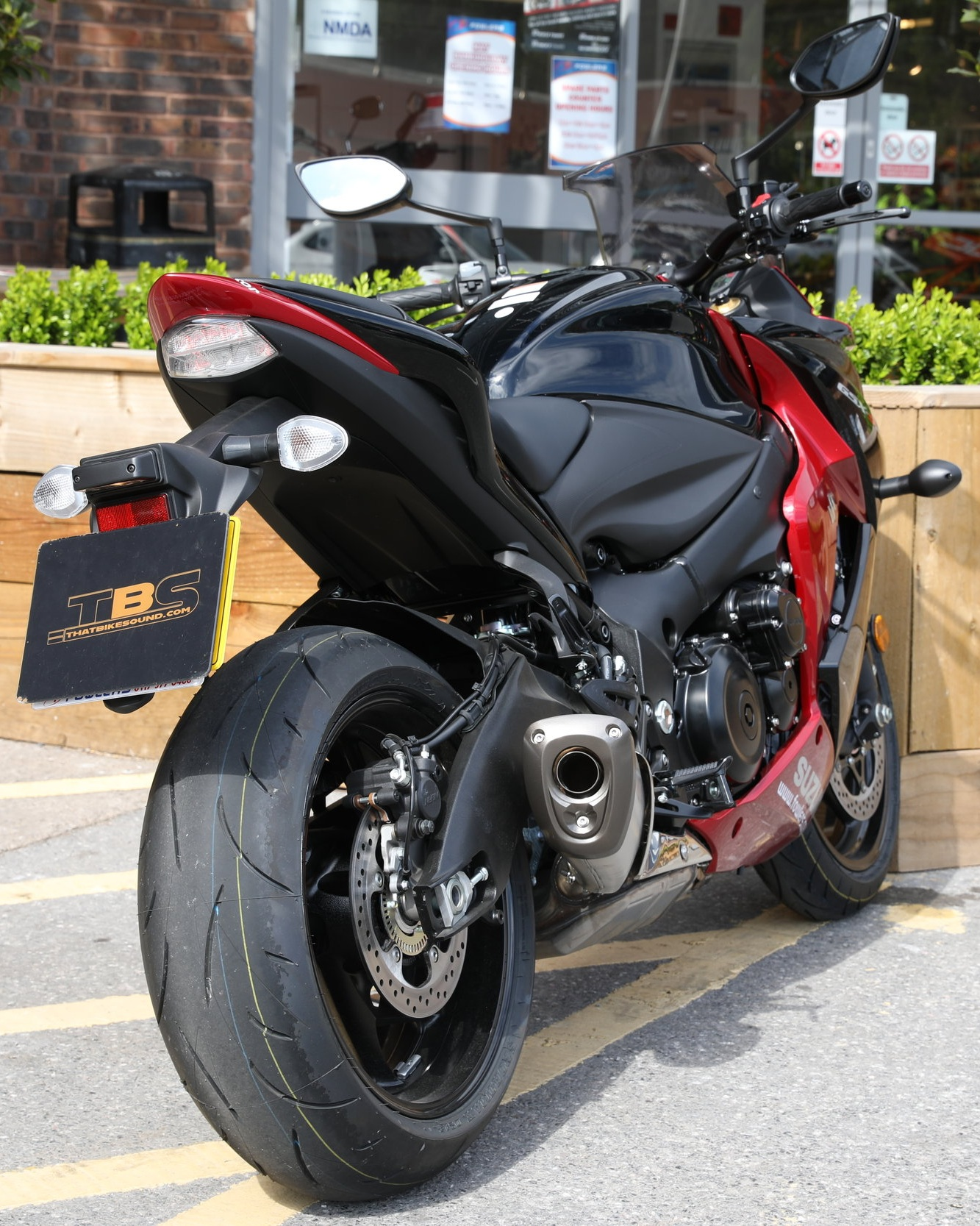 SUZUKI GSX-S 1000F (2015-ON)