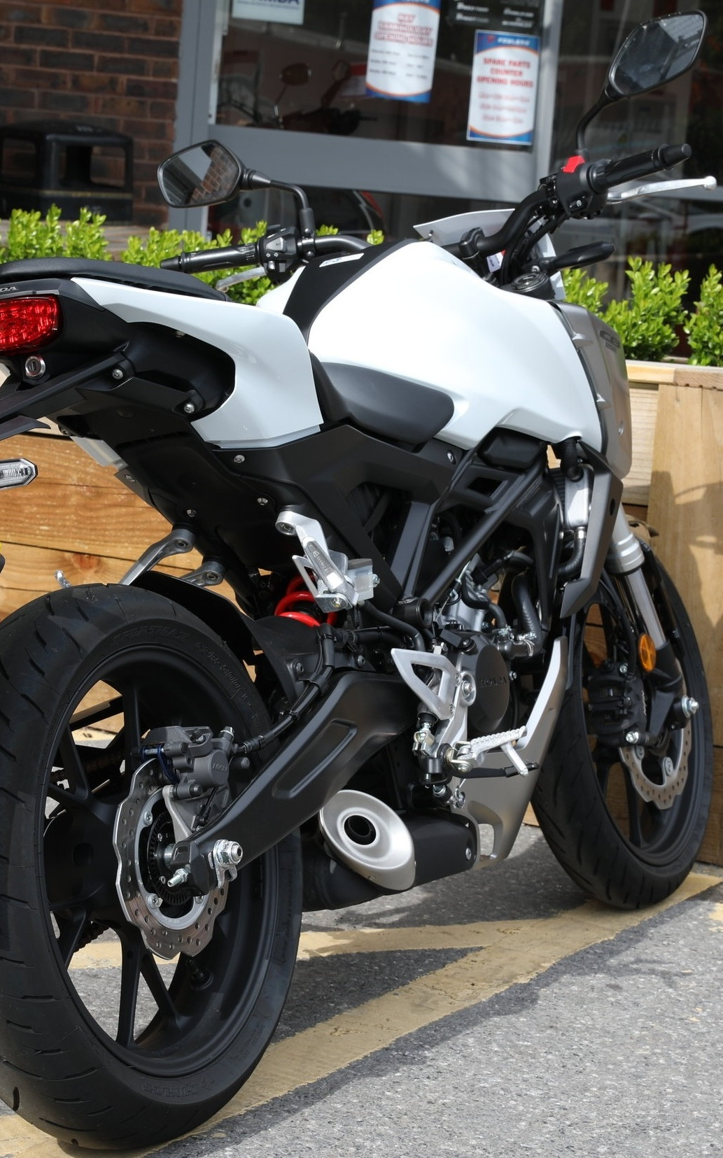 Honda CB -