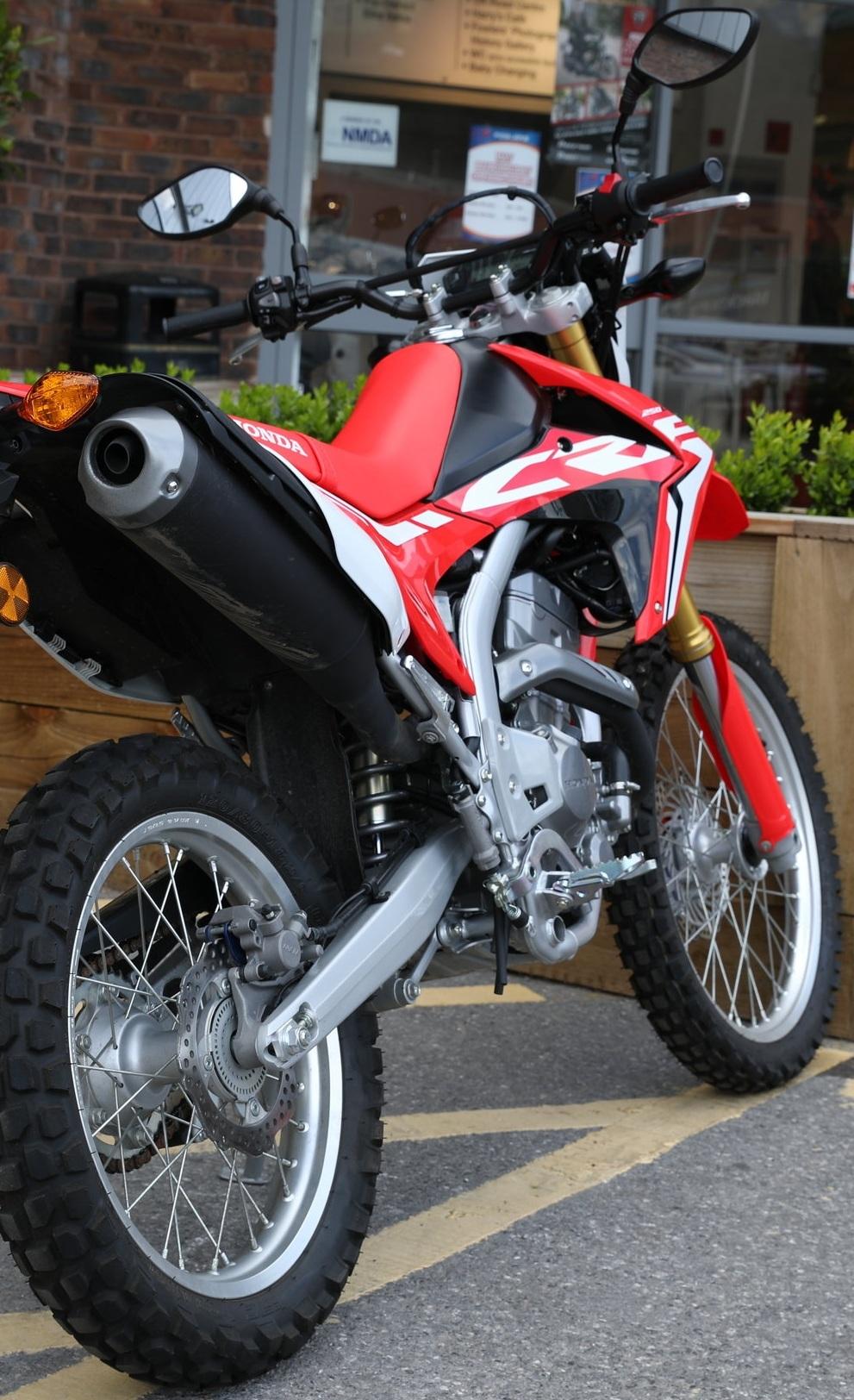 Honda CRF -