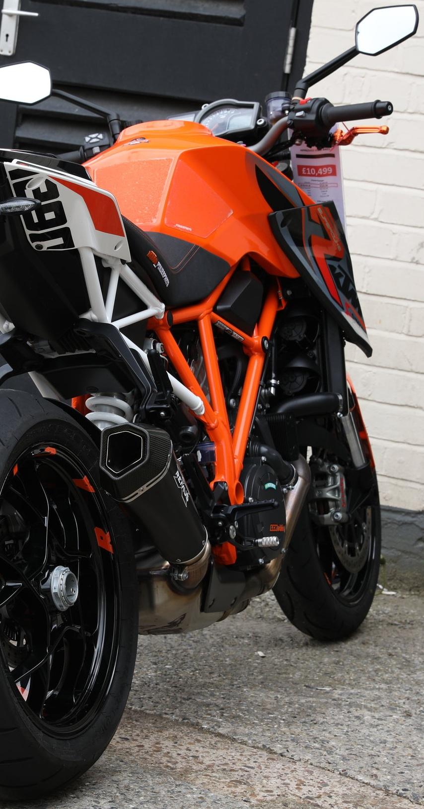 KTM Super Duke -