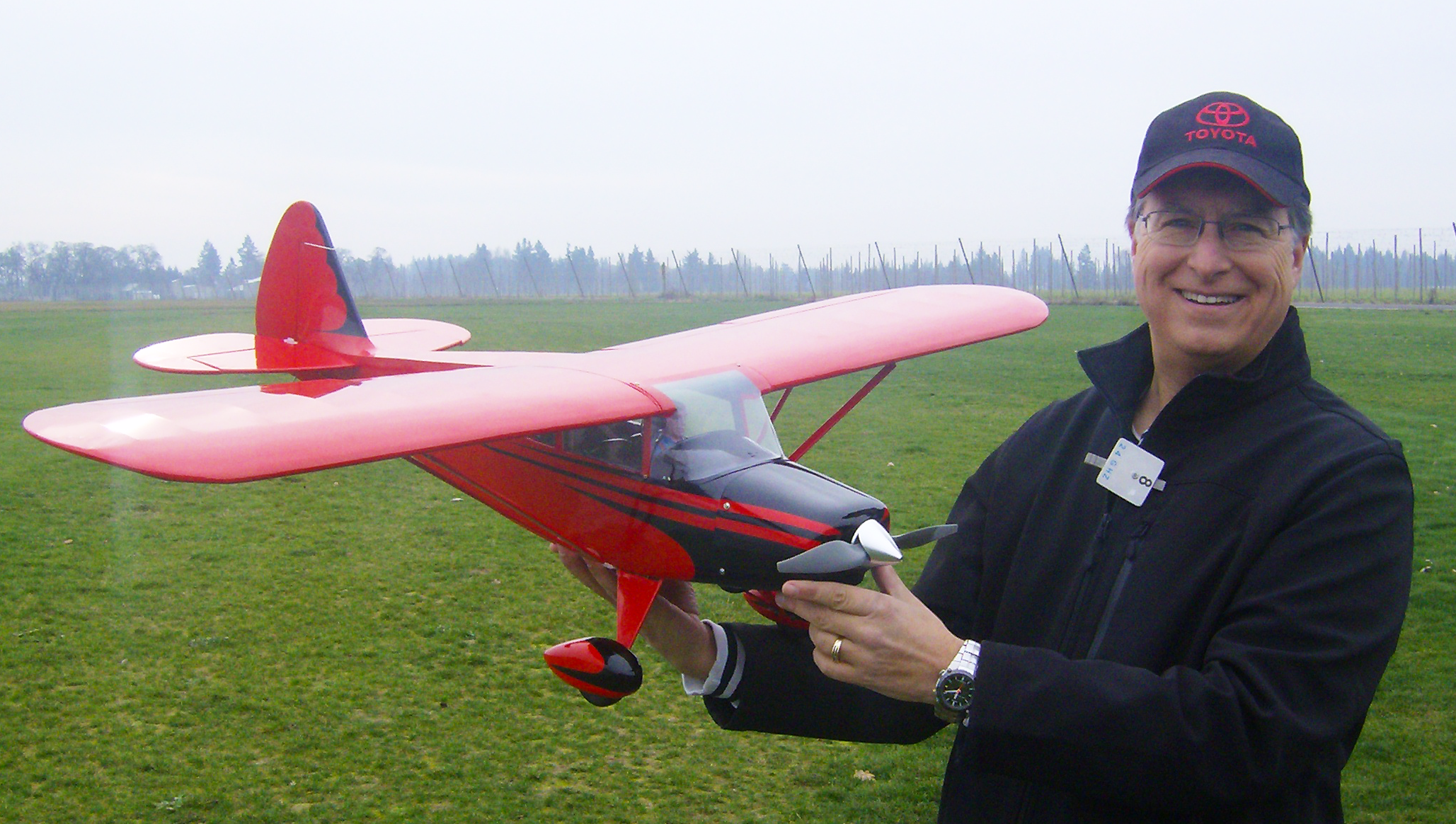 Dave Derhalli with his Horizon Hobby Pacer.