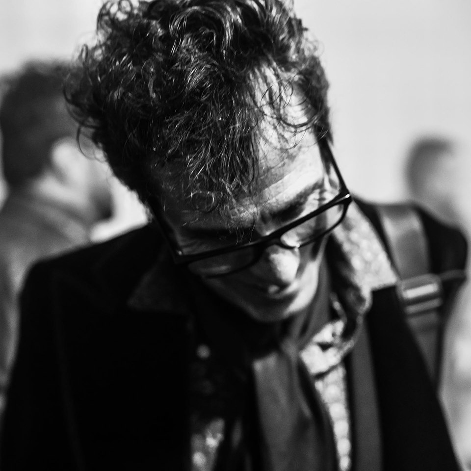 Slim Jim Phantom - Drums / Vocals