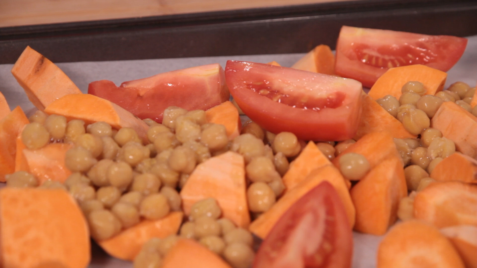 For the Vegetarian Version: I used 2 Sweet Potatoes, 1 Can Rinsed Chickpeas, 2 Large Tomatoes, 10 small Button Mushrooms and 2 Large Carrots. Feel free to explore with any vegetable you want!