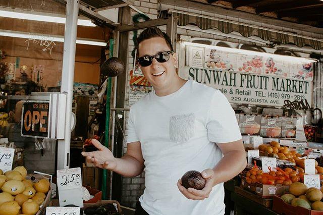 | 🥑 CAPTION THIS 🥑 | 📷: @sxannygrace  #saturday #captionthis #chef #toronto #realgoodfood #chefmichaelg