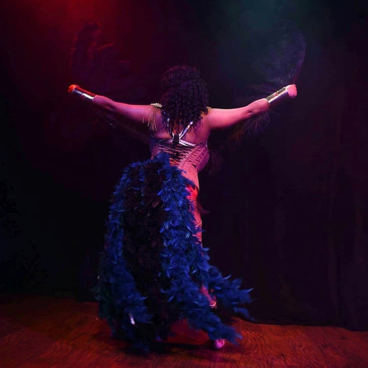 Farris Maiden   Farris is a professional Burlesque performer originally from Missouri.