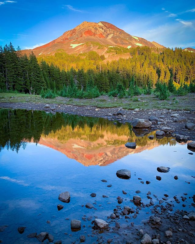"""Hello Oregon! 🌲 🌋 l've started a """"quick"""" 196 mile walk north on the PCT from Bend, OR to the Columbia River Gorge at Cascade Locks.  The photo is from my first campsite on this stretch. 🏕 It's been a scenic start!"""