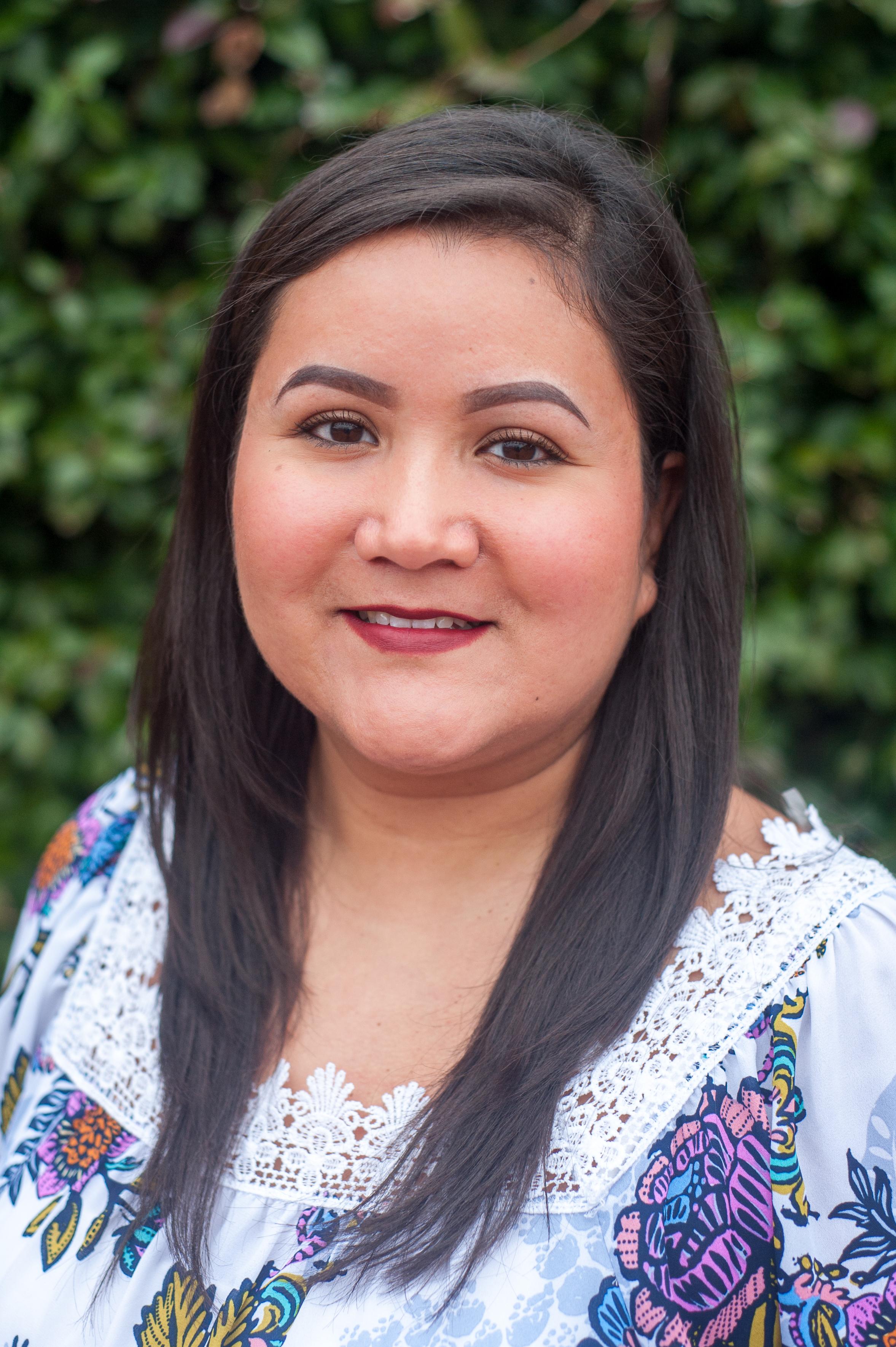 Maricruz Castañeda, Legal Assistant