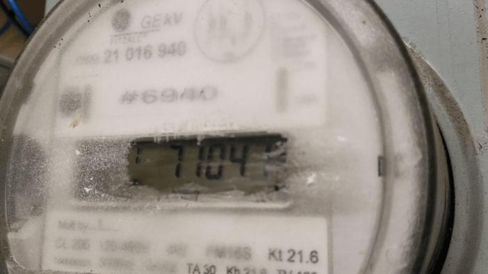 meter-reading (1)-min.png