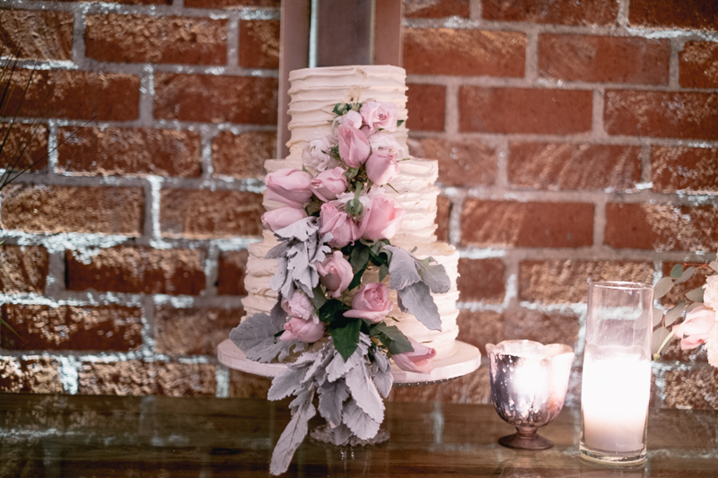eniola and lumi wedding with cluster events cake again.jpg
