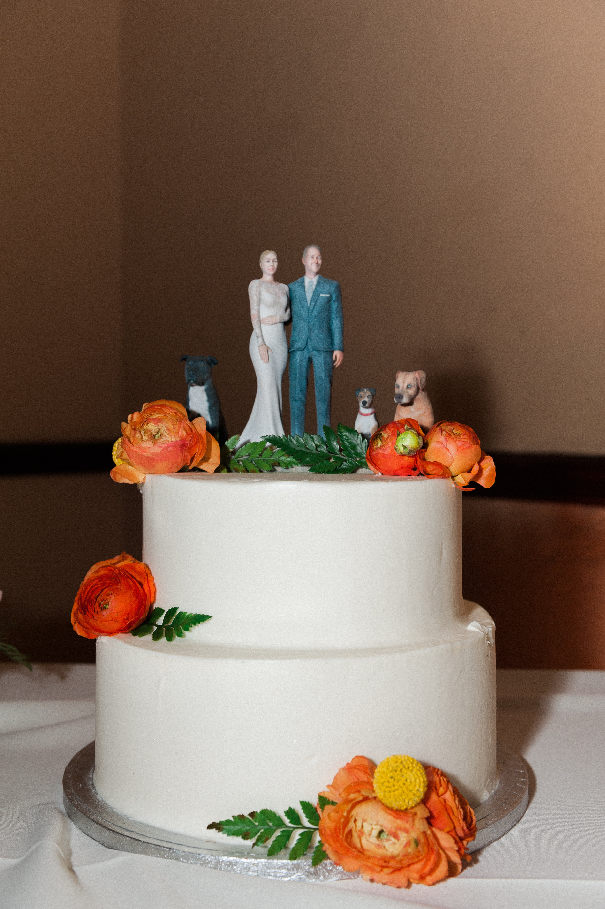 julia and adam wedding with cluster events cake.jpg