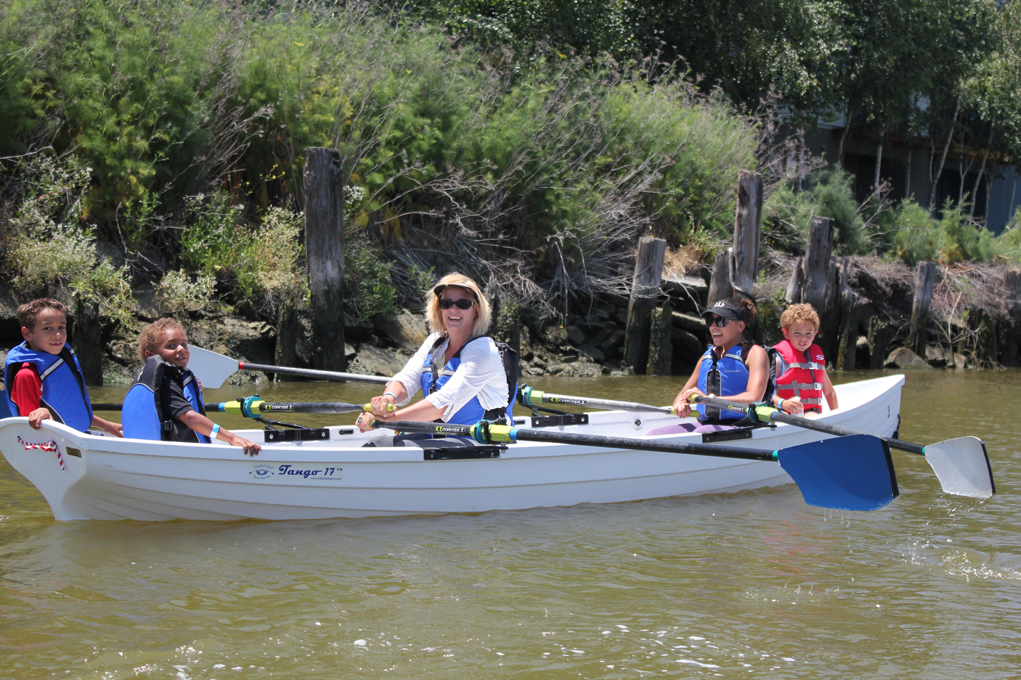 Family Scullers.JPG