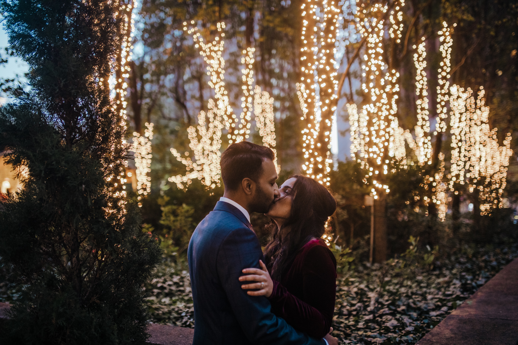 Downtown Pittsburgh  e-sesh turned elopement