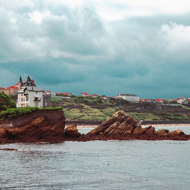 Magiska Baskien 🧙🏼♀️ #biarritz #surfcoast #coasttocoast #cloudyskies #cloudscapes