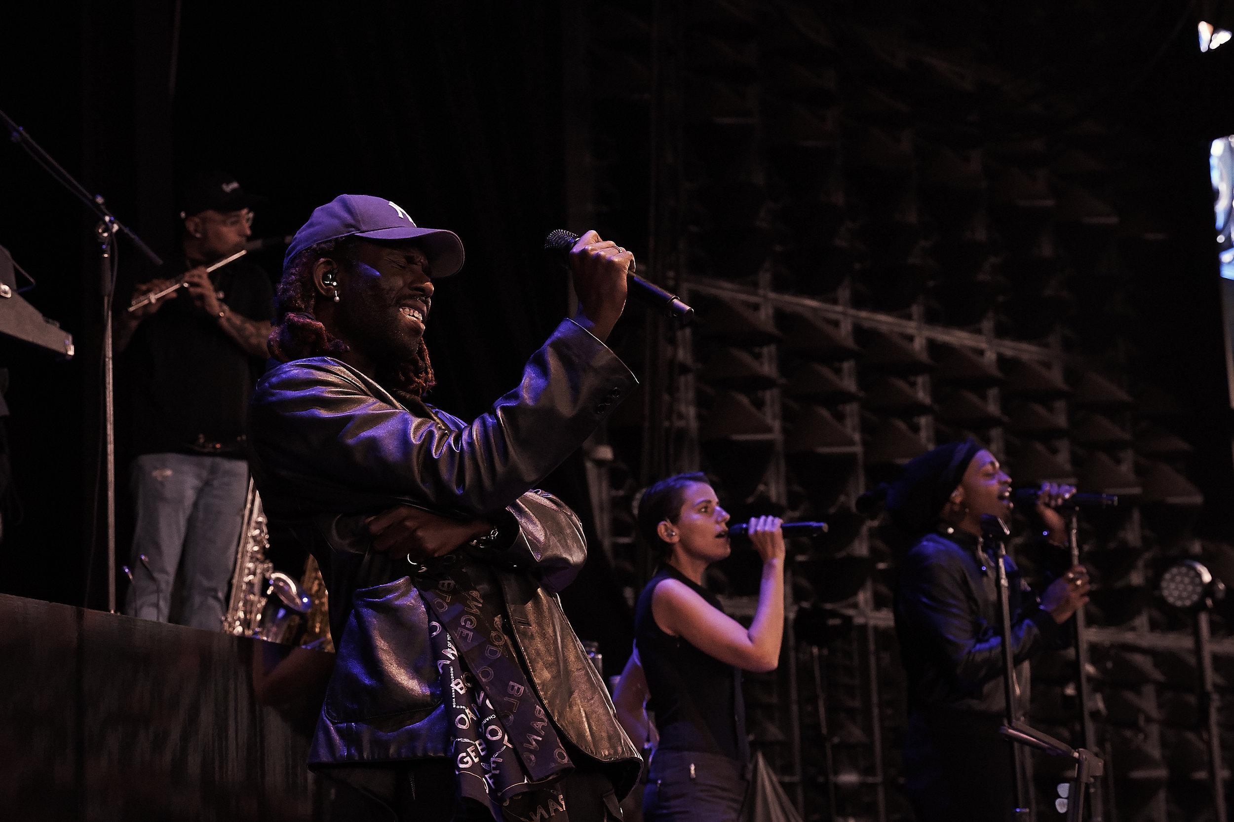 Blood Orange     // 2019-05-24 //   DTE Energy Music Theatre    -  Clarkston, MI // Photos by  Attila Hardy
