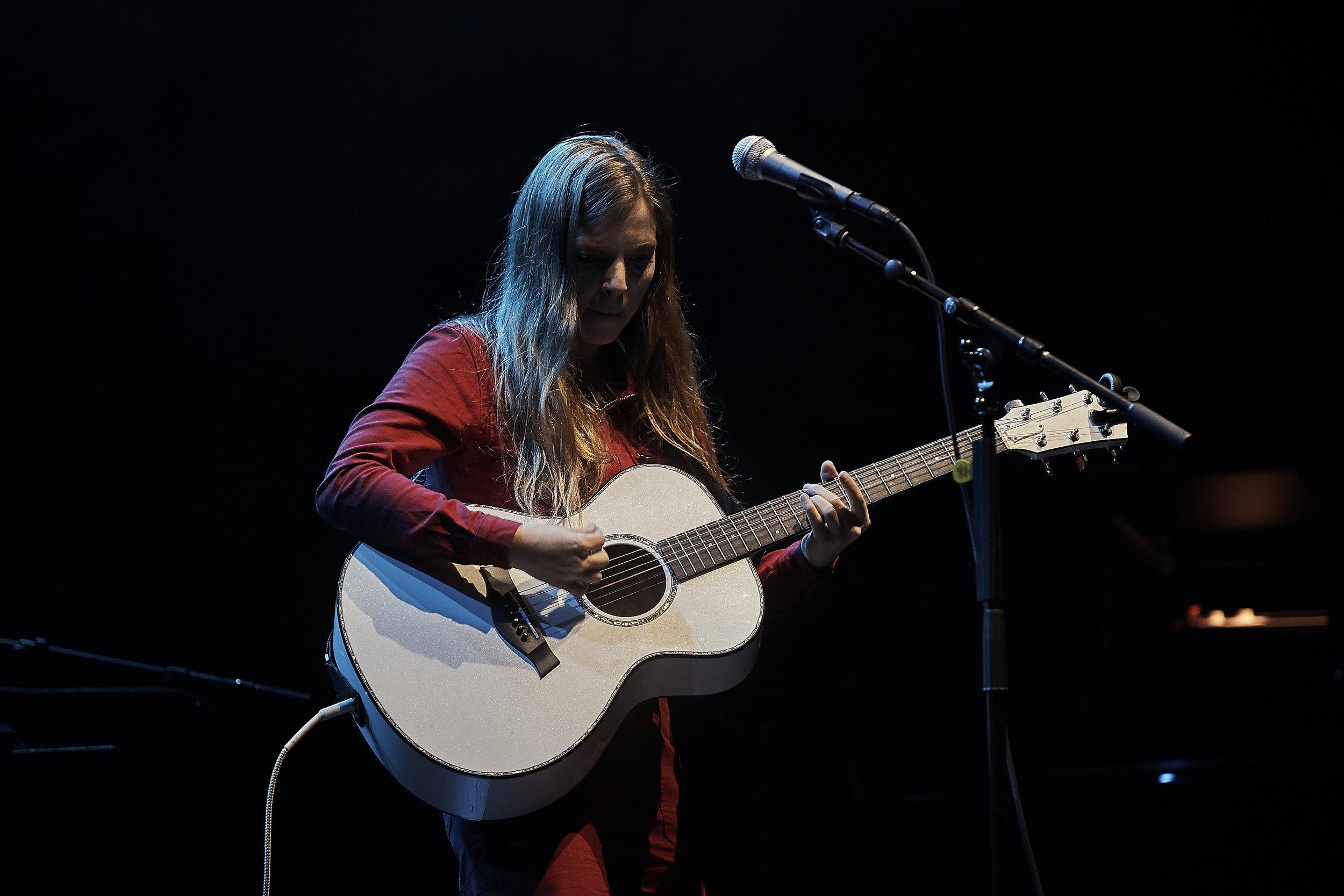 Jade Bird     // 2019-06-17 //   Fox Theatre    -  Detroit, MI // Photos by  Attila Hardy