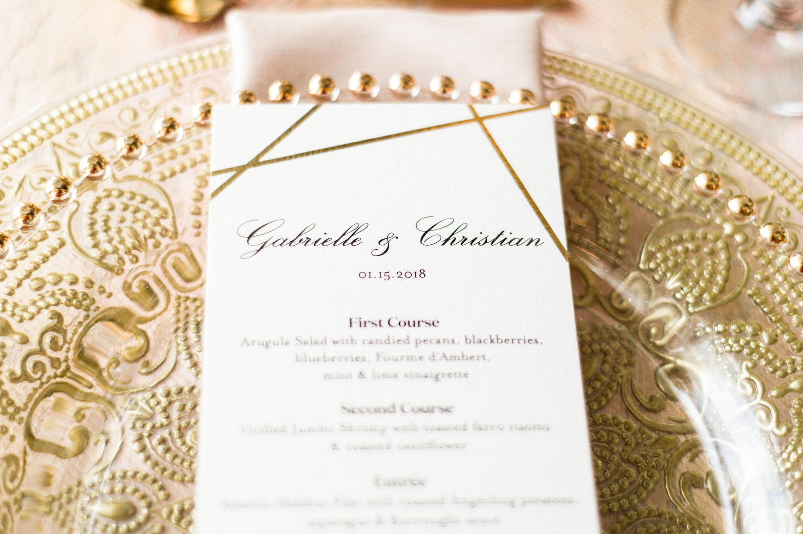 gold table setting wedding