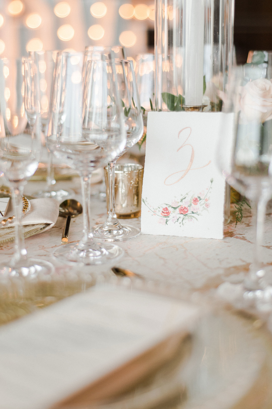 table setting gold and blush