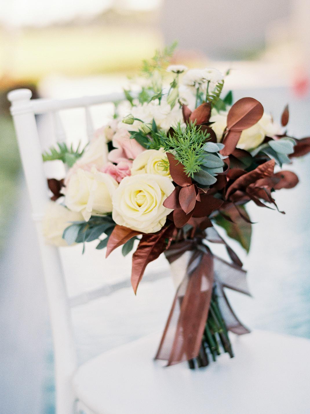 wedding bouquet cream pink and bronze