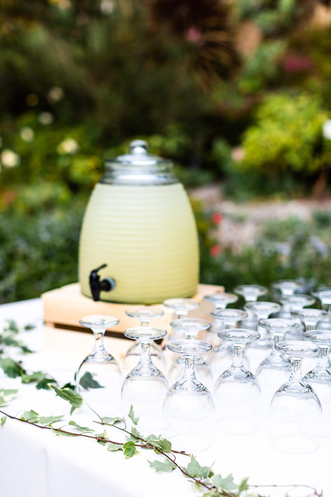 honeycomb lemonade jar