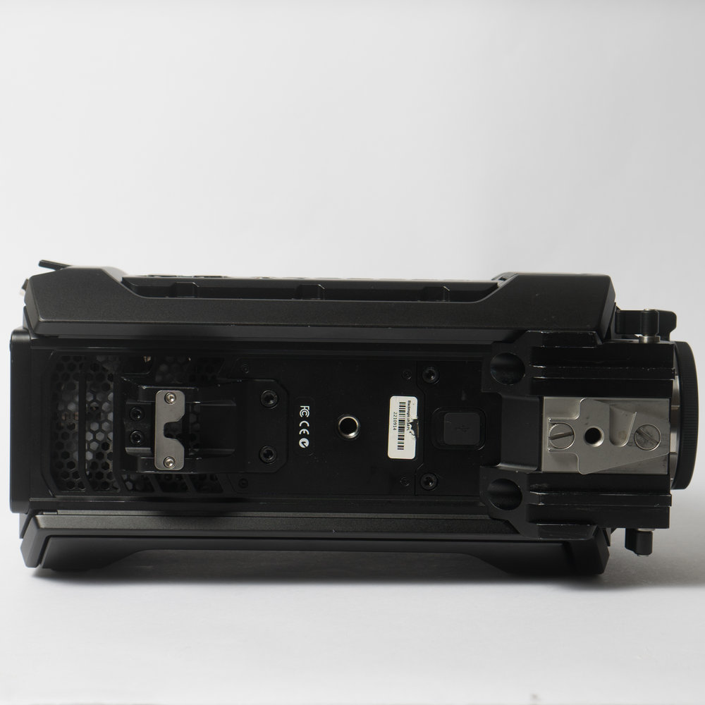 Blackmagic Design Ursa 4k V1 Digital Cinema Camera Pl Mount Pixity Buy Sell Or Trade In Used Cameras Lenses