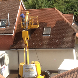 gallery-roof-cleaning-service-21.png