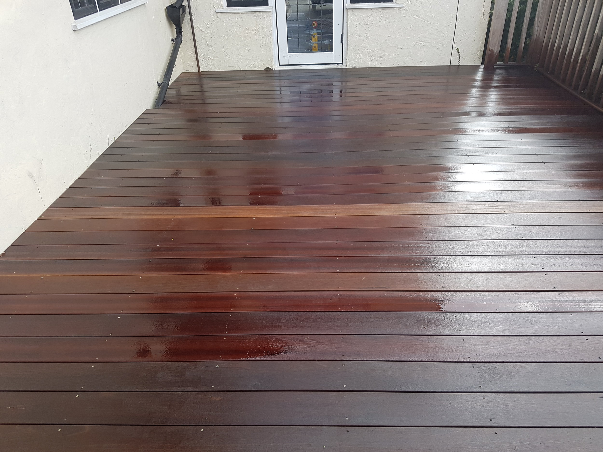 Green moss and algae in particular will make maintenance a proble. - Green moss and algae in particular will make maintenance a problem for most homeowners. If the timber decking is not kept free from algae and other forms of surface growth, the wood can become old, tired and drab looking and worst case sanario the timber decking will break down and rot..