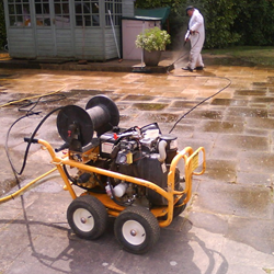 gallery-patio-cleaning-service-18.png