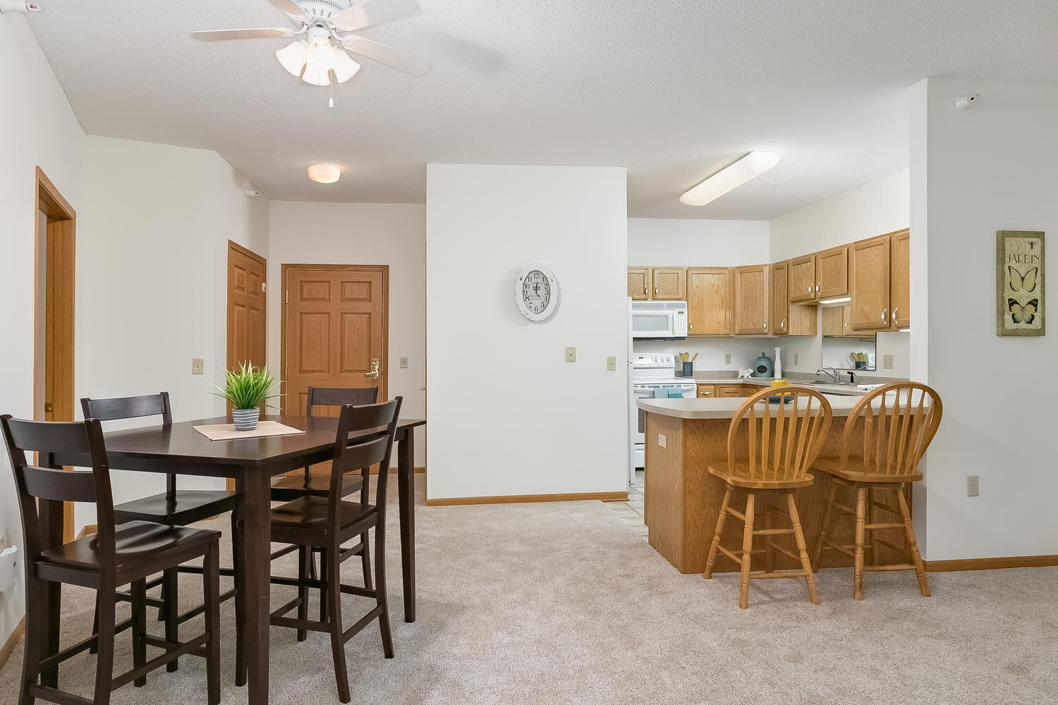 5650 Boone Ave N New Hope MN-large-002-011-Dining Area-1500x1000-72dpi.jpg