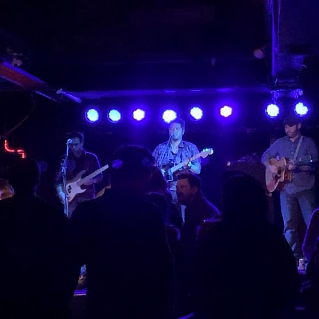 Had an amazing time last night at @subtchicago! Thank you to everyone who braved the cold and made it such a memorable night. Thanks to @kickstandproductions for having us out and @dancebullies for being so awesome to share the stage with and your fantastic set. Hope to see you all again soon! . . #earlysixes #dancebullies #subterran #chicagoconcert #chicagomusic #concert #band #music #instagood #musicvideo #musicgram #instagood #musically #folk #americana #folkrock #folkpop #singersongwriter #acoustic #cello #indiemusic #indieartist #spotifyartist #chicagoconcerts #livemusic #musically #rockshow #show #wickerpark #chicago