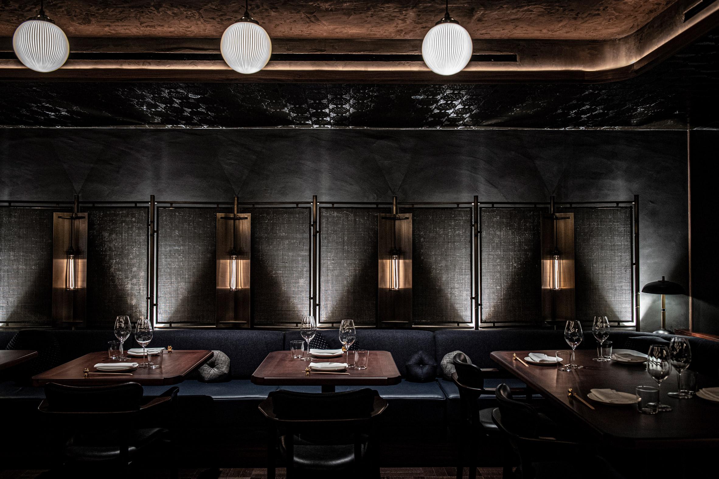 Dark Restaurant Banquette Design