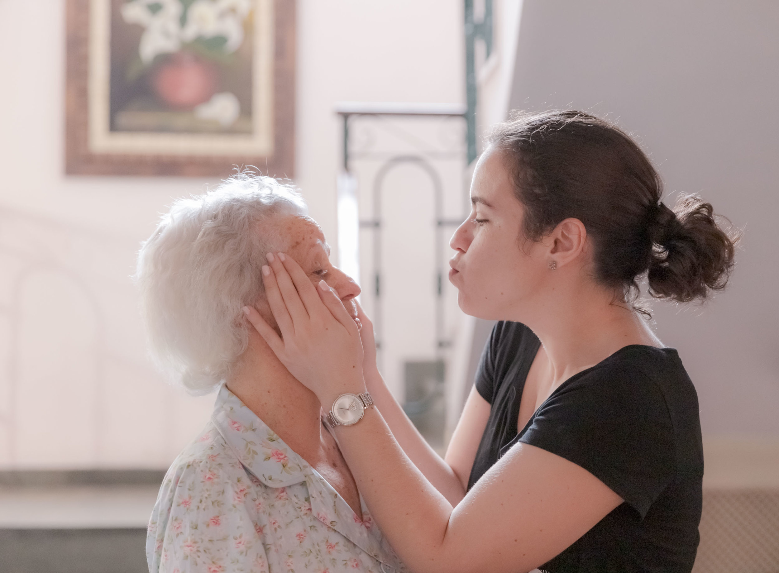 grandmother-and-granddaughter.jpg