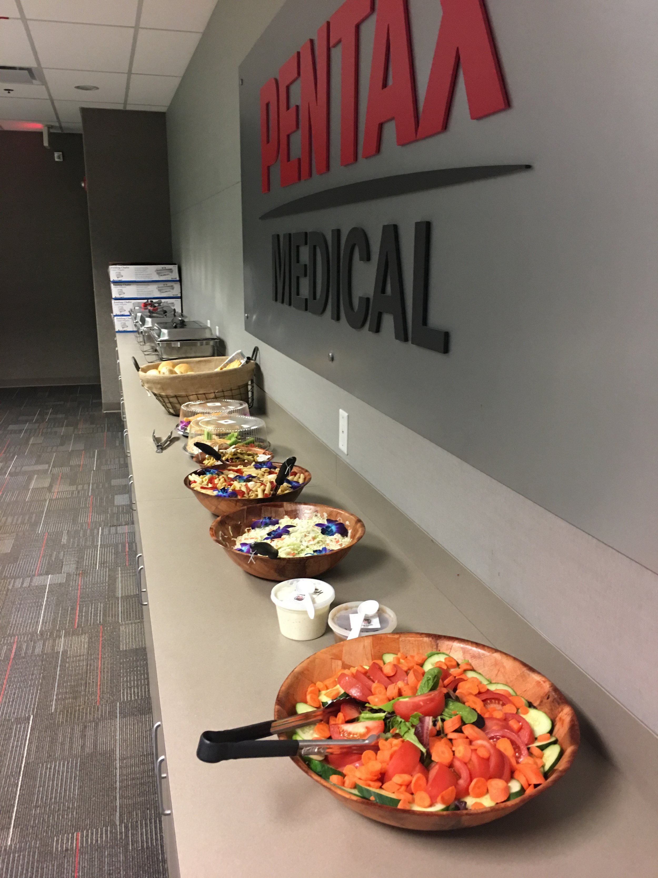 Corporate Catering - Our team is devoted to providing top quality food for doctors offices, meetings and corporate events. Our menu selection ranges from traditional American and Italian cuisine to Asian stir-fry and dumplings. Customized menu options are available for all orders.View Sample Corporate Catering Menus