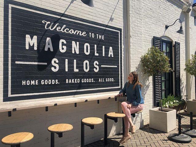 In the land of sweet tea & shiplap . . . . #magnolia #magnoliamarket #magnoliasilos #thesilos #thesilosatmagnolia #waco #wacotexas #shiplap #sweettea