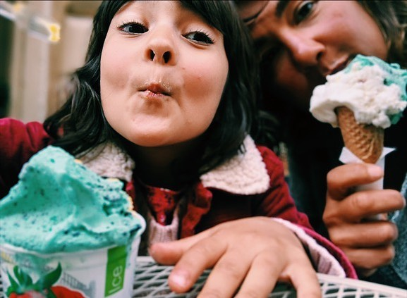 """One train ride and 4,000 questions later- including """"is there ice cream in India?"""" """"What is electricity?"""" And """"why do people snore""""? A little QT with numero uno. #roma #home #ohthejoy"""
