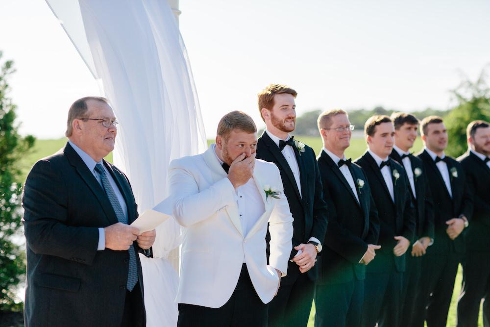 groom seeing bride.jpg