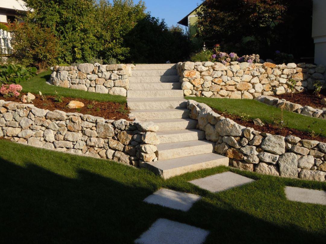 Sandstein Mint Naturstein Stufen Platten zeitlos 2 .JPG