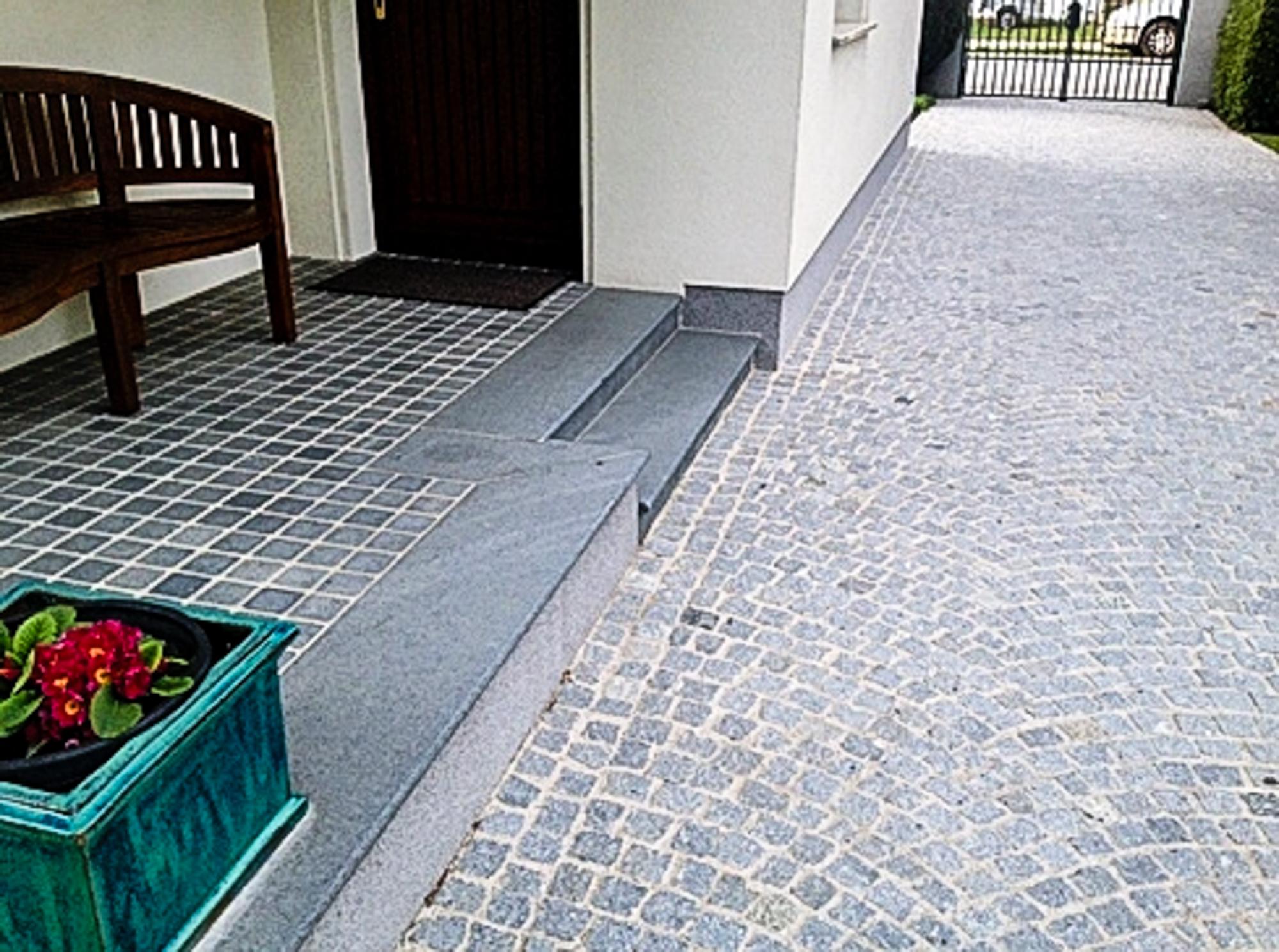 Naturstein-Sortiment-9.jpg