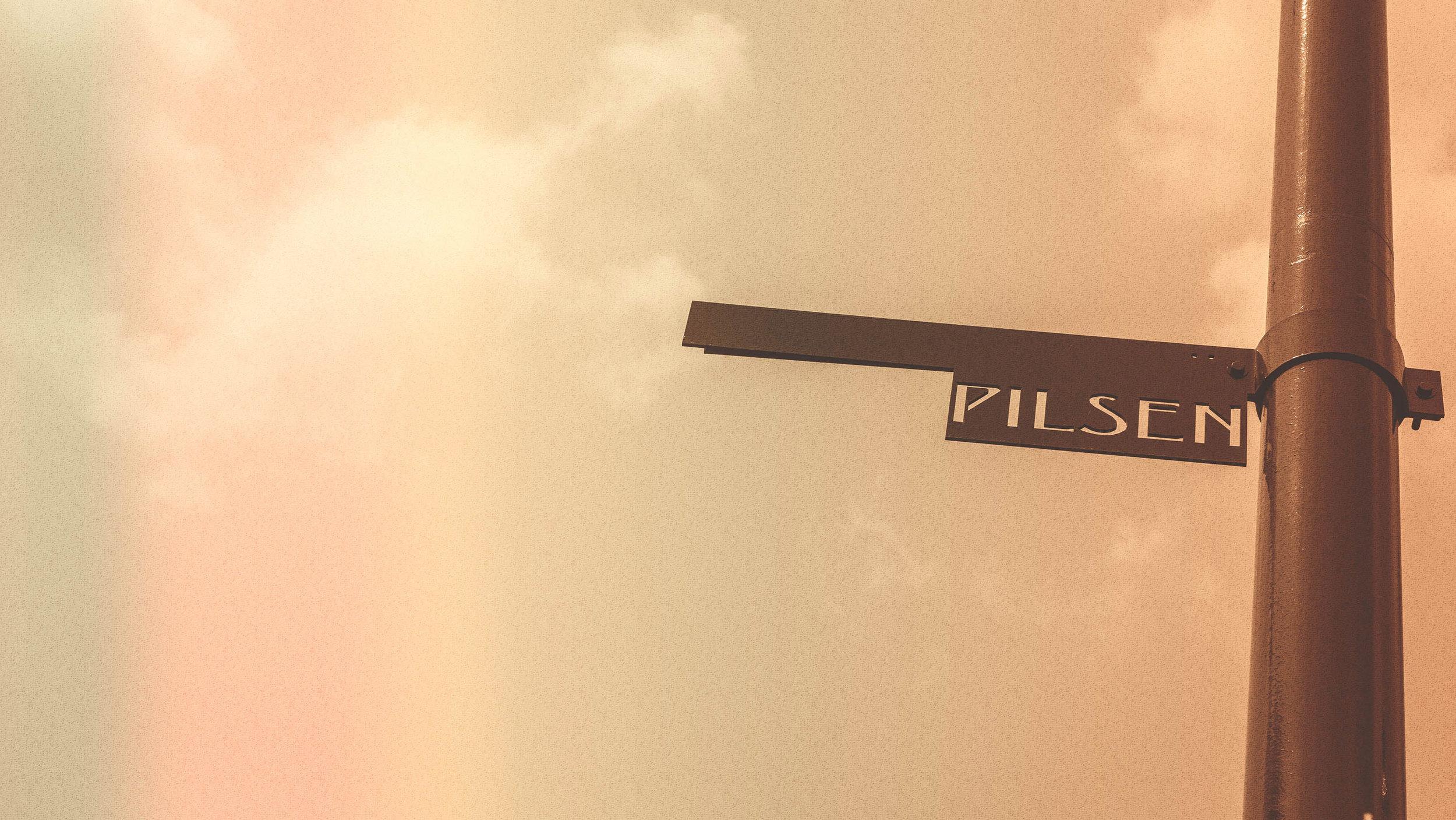 BRNDHAUS_PLSN_STREET_SIGN.jpg