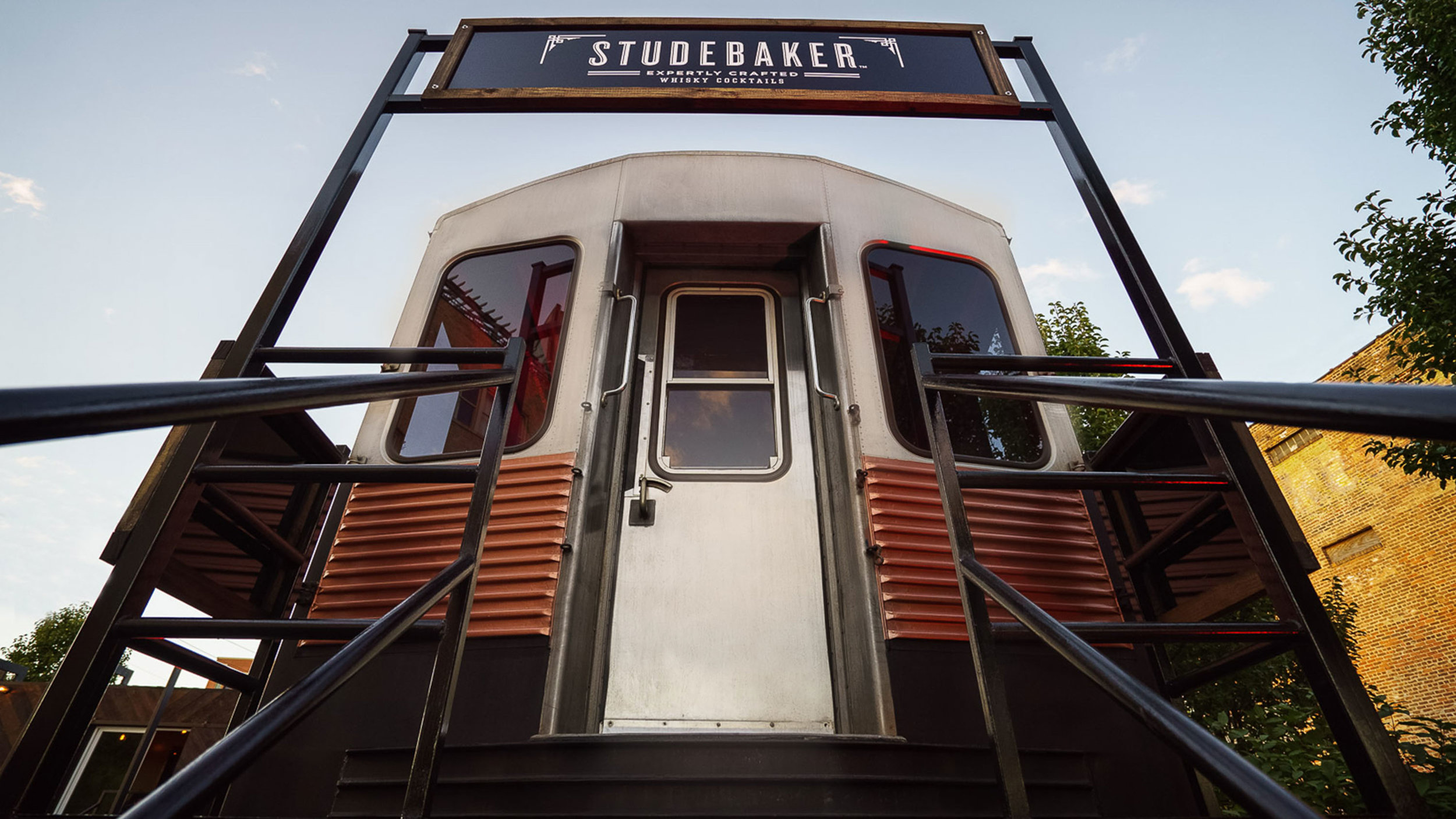 GERTRUDE-INC-Studebaker-Chicago-CTA-Train-Club-Car-01.jpg