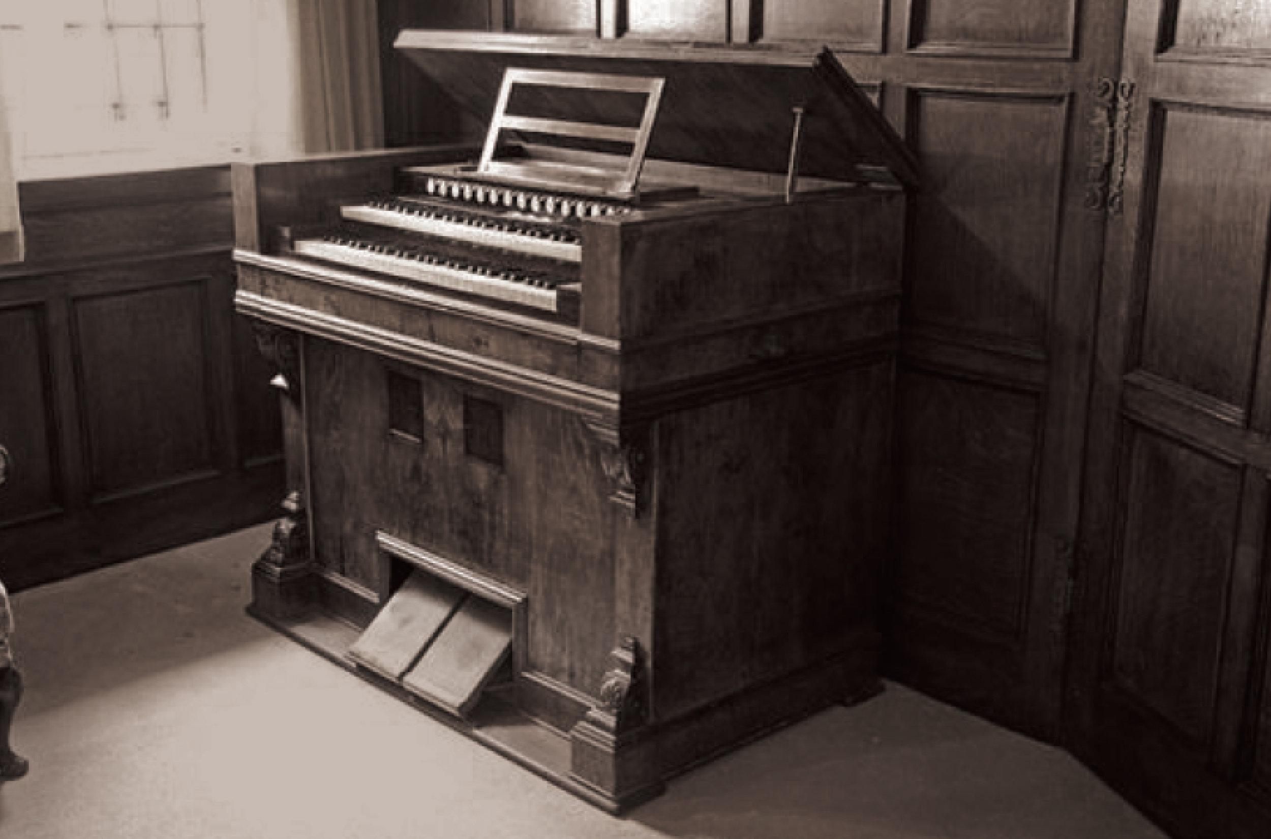 Old Piano.jpg
