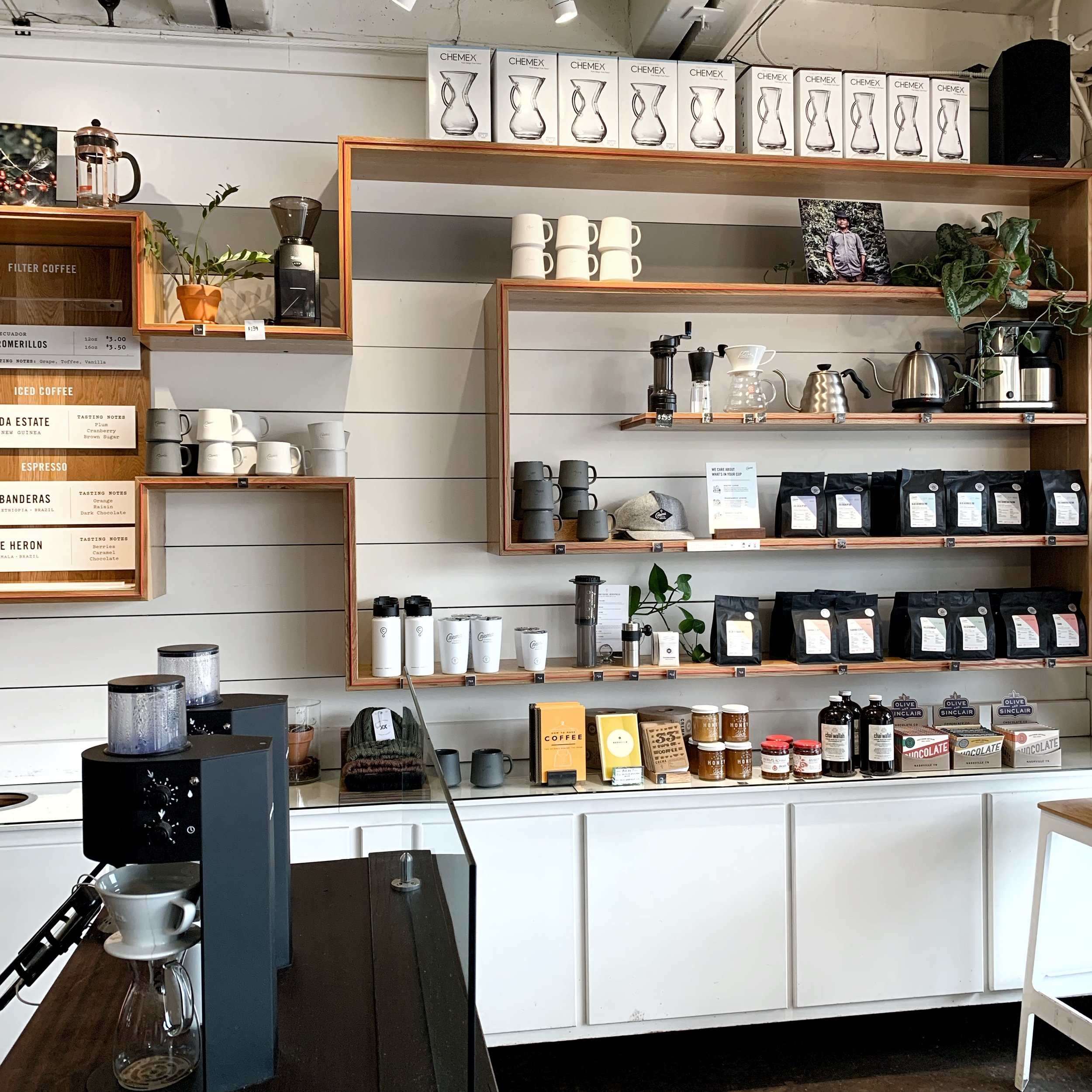 42 hours in Nashville - styled sustainable - crema coffee