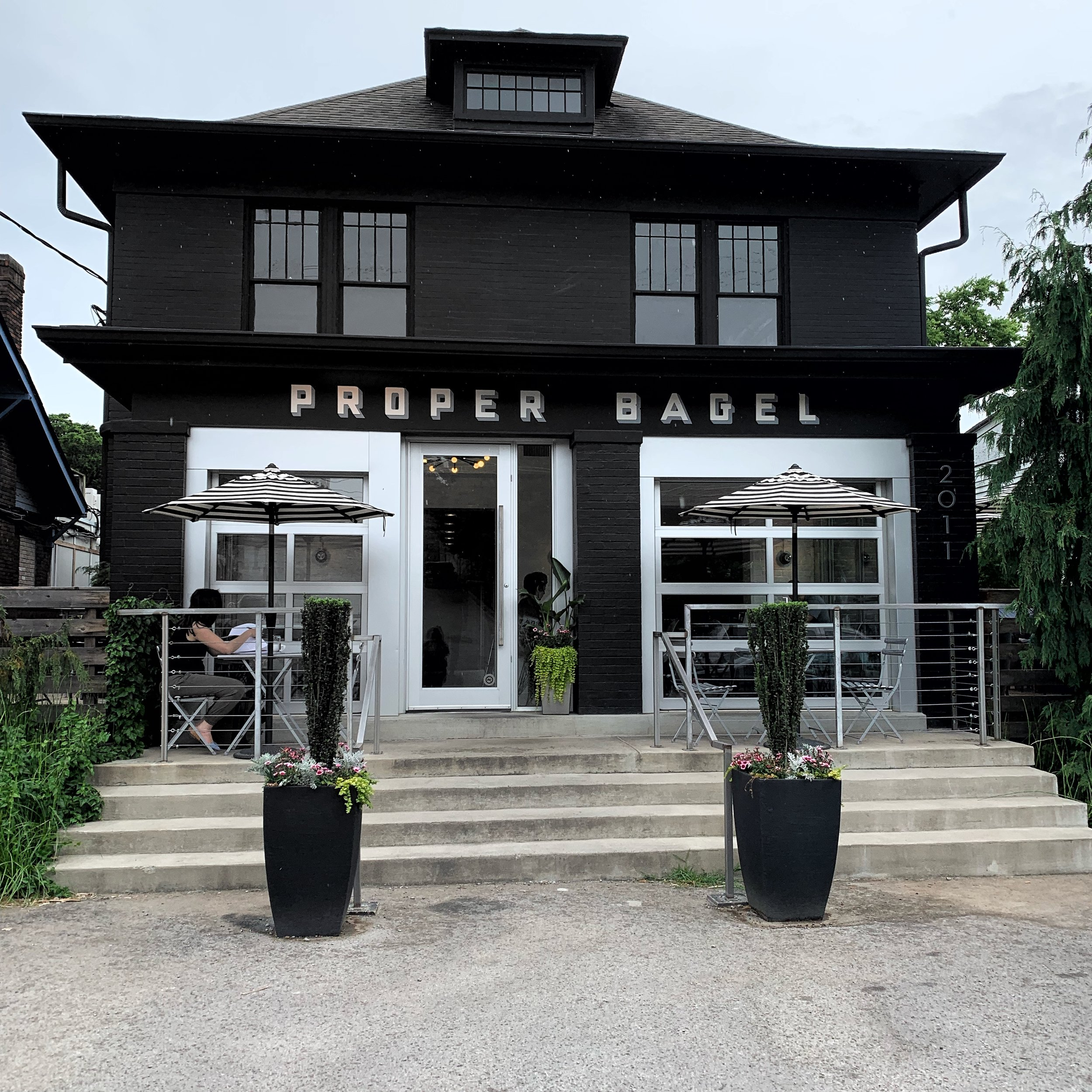 42 hours in Nashville - styled sustainable - proper bagel