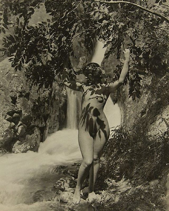 "Taking shade from this summer sun like 🌿 ""Nude par une chute d'eau"" Marcel Meys, 1930"