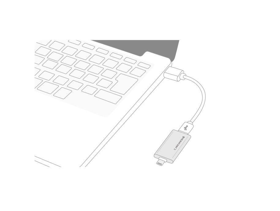 PCとのデータやりとりも簡単! - PC/Mac接続用のMicroUSBケーブルが付属品に付いているのでデータ移行に余計な手間は不要です。iPhoneのデータを即座にパソコンへ転送することも。本体はUSBメモリのようにも使えるのでコンビニで写真印刷する際などにも利用可能です。